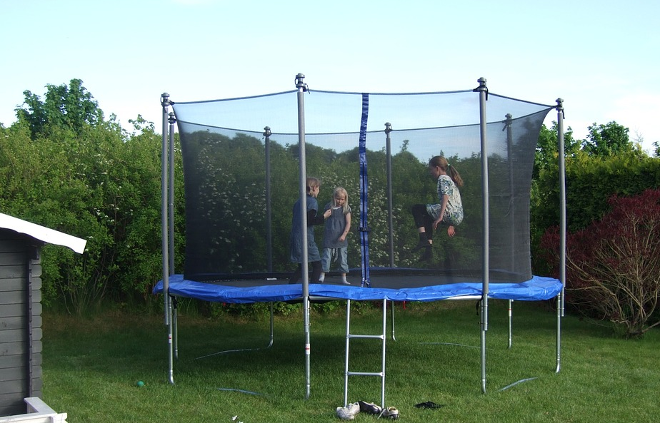 gartentrampolin_test